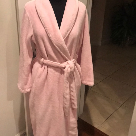 373f2b5811 charlotte Other - Pink plush-so soft warm ladies robe